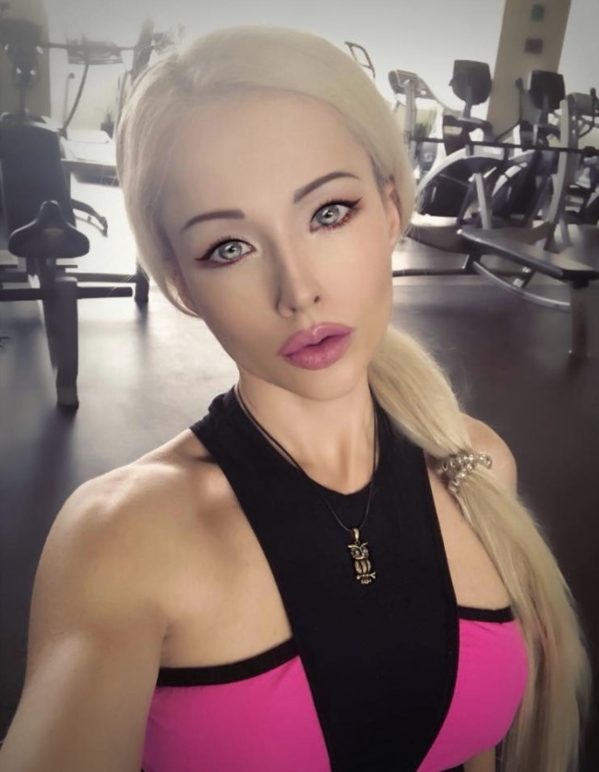 Valeria Lukyanova at the gym