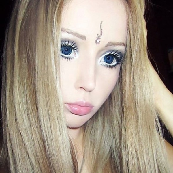 Valeria Lukyanova Close Up