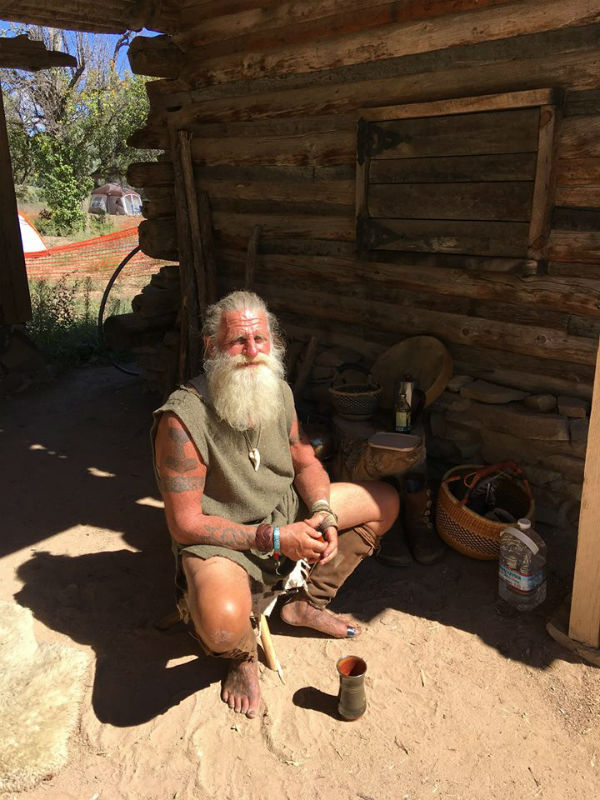 mick dodge marine living in woods