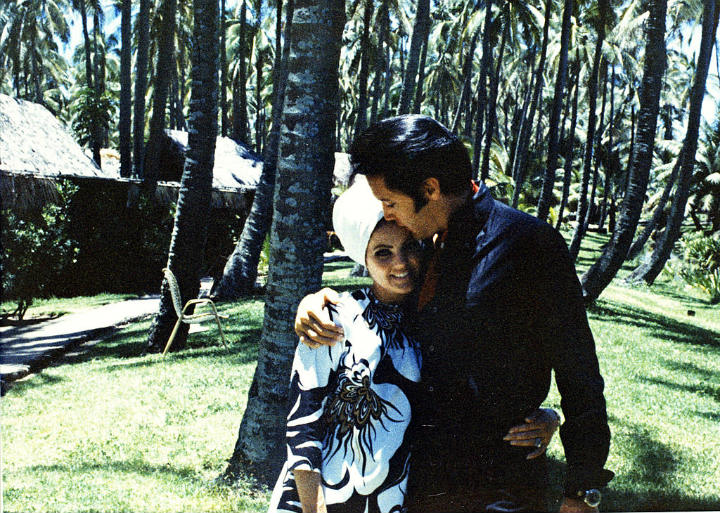 Elvis and Priscilla Presley in Hawaii