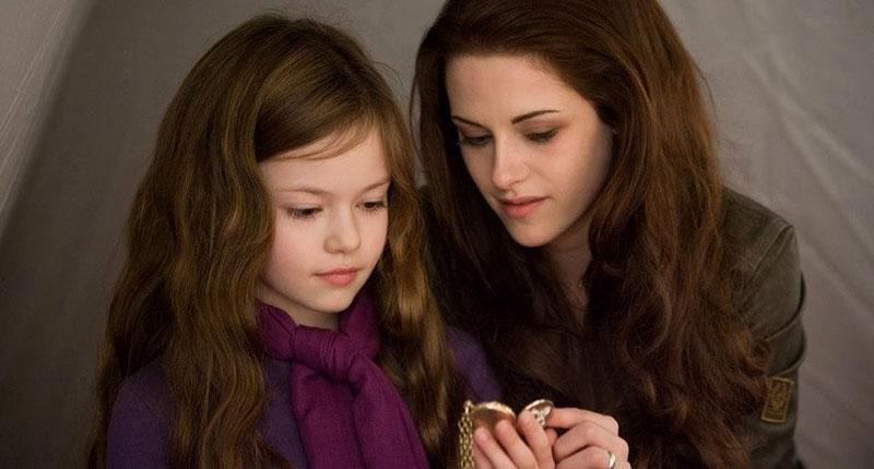 'Twilight' Star Mackenzie Foy Is All Grown Up | Direct Expose