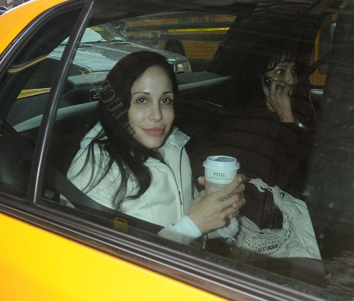 Nadya Suleman in taxi