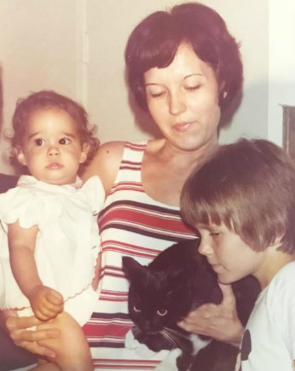 Natalie Suleman as a Young Girl With Her Mom and Cat Booty