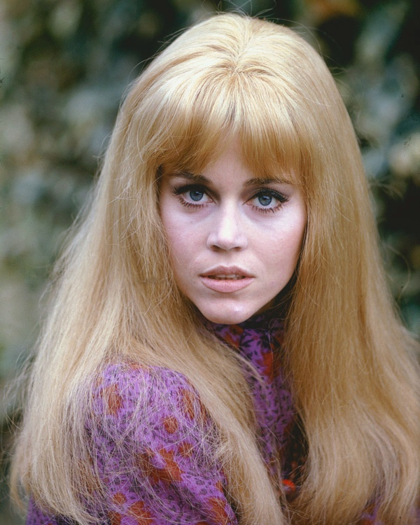 Jane Fonda in pink - celebrity hippies