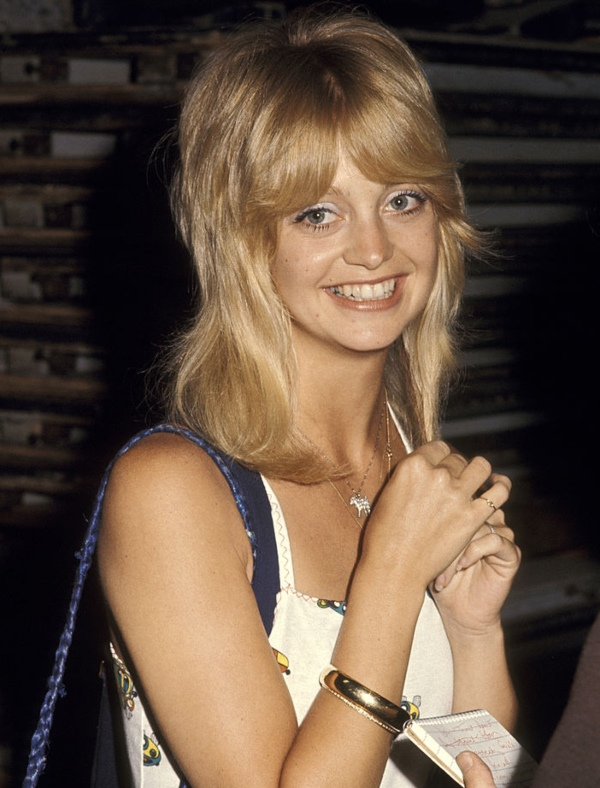 Goldie Hawn - celebrity hippies