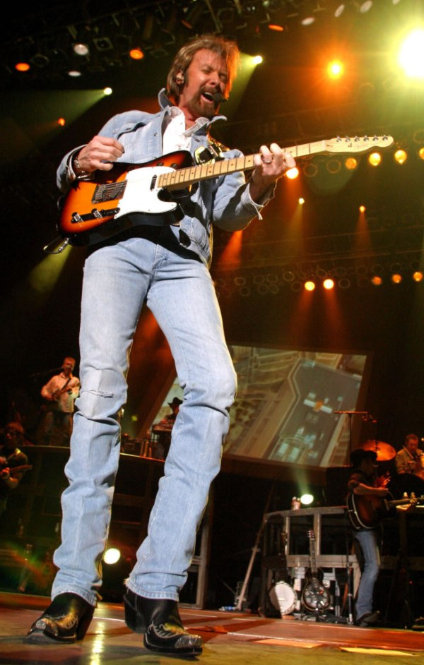 Ronnie Dunn richest country stars