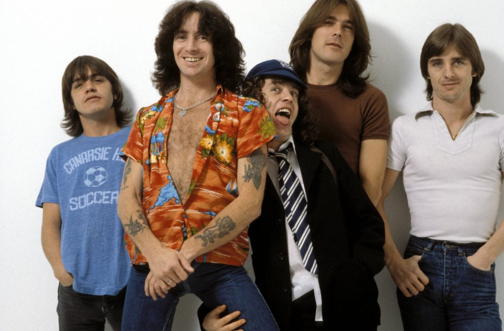 UNITED KINGDOM - AUGUST 01:  CAMDEN  Photo of AC DC and Malcolm YOUNG and Cliff WILLIAMS and Bon SCOTT and Angus YOUNG and AC/DC and Phil RUDD, L-R: Malcolm Young, Bon Scott, Angus Young, Cliff Williams, Phil Rudd - posed, studio, group shot  (